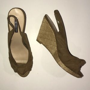 H by Halston Tan Wedge Sandals Size 9.5M